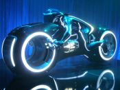 Tron_Legacy,_light_cycle,_Comic-Con_2009