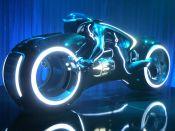 Tron_Legacy,_light_cycle,_Comic-Con_2009