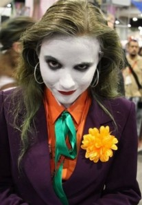 Joker-Cosplay-Girl-e1346770071304