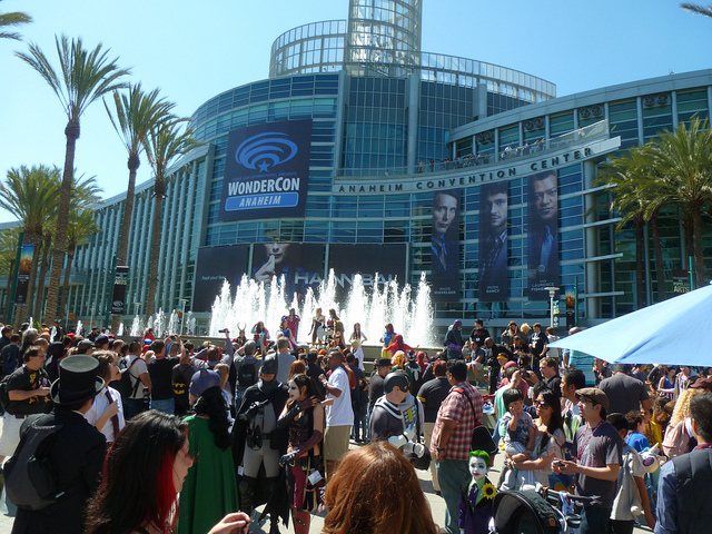 outside-wondercon