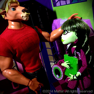 Mattel-Manny-Taur-and-Iris-Clops-2-Pack-SDCC-2014-Exclusive-Monster-High