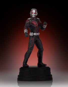 SDCC2015-Gentle-Giant-Ant-Man-Statue-002