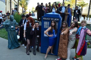 wondercon-2014-cosplay-doctor-who-group-10