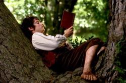 frodo reading