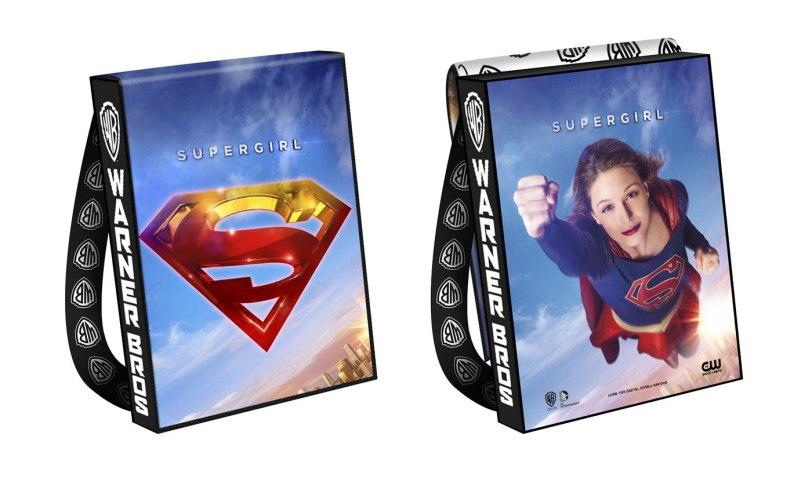 SUPERGIRL-2016-Comic-Con-Bag-e9b9d